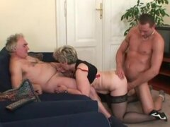 Granny cunt and mouth stretch around dick