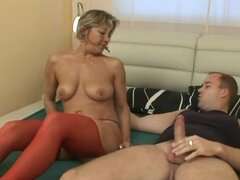 He wakes up the napping mature to fuck her