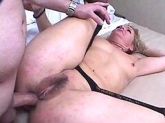 Horny Mother Gets Her Wrinkled Cunt Eaten and Fucked