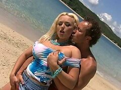 A Paradise Beach Is The Perfect Place To Fuck a Busty Blonde Beauty